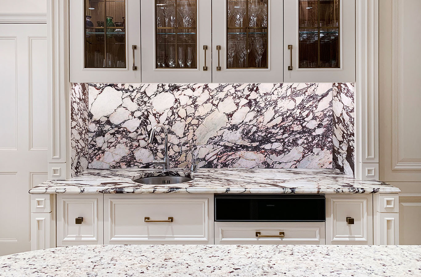 More People In London Today Are Choosing Stone For Their Kitchen Worktops