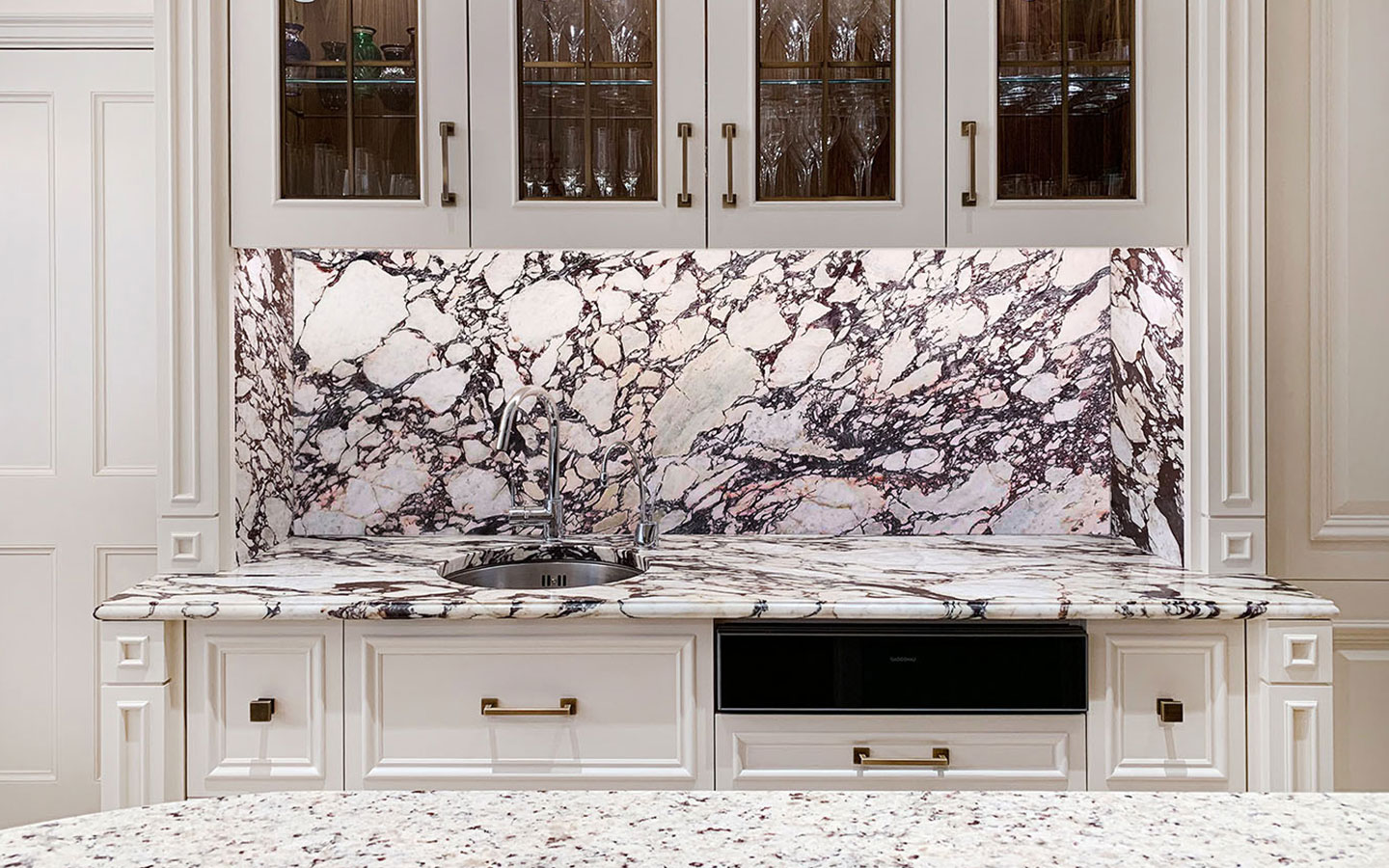 Honed Calacatta Viola marble kitchen worktop, supplied and installed by M&G Ltd – Private residential
