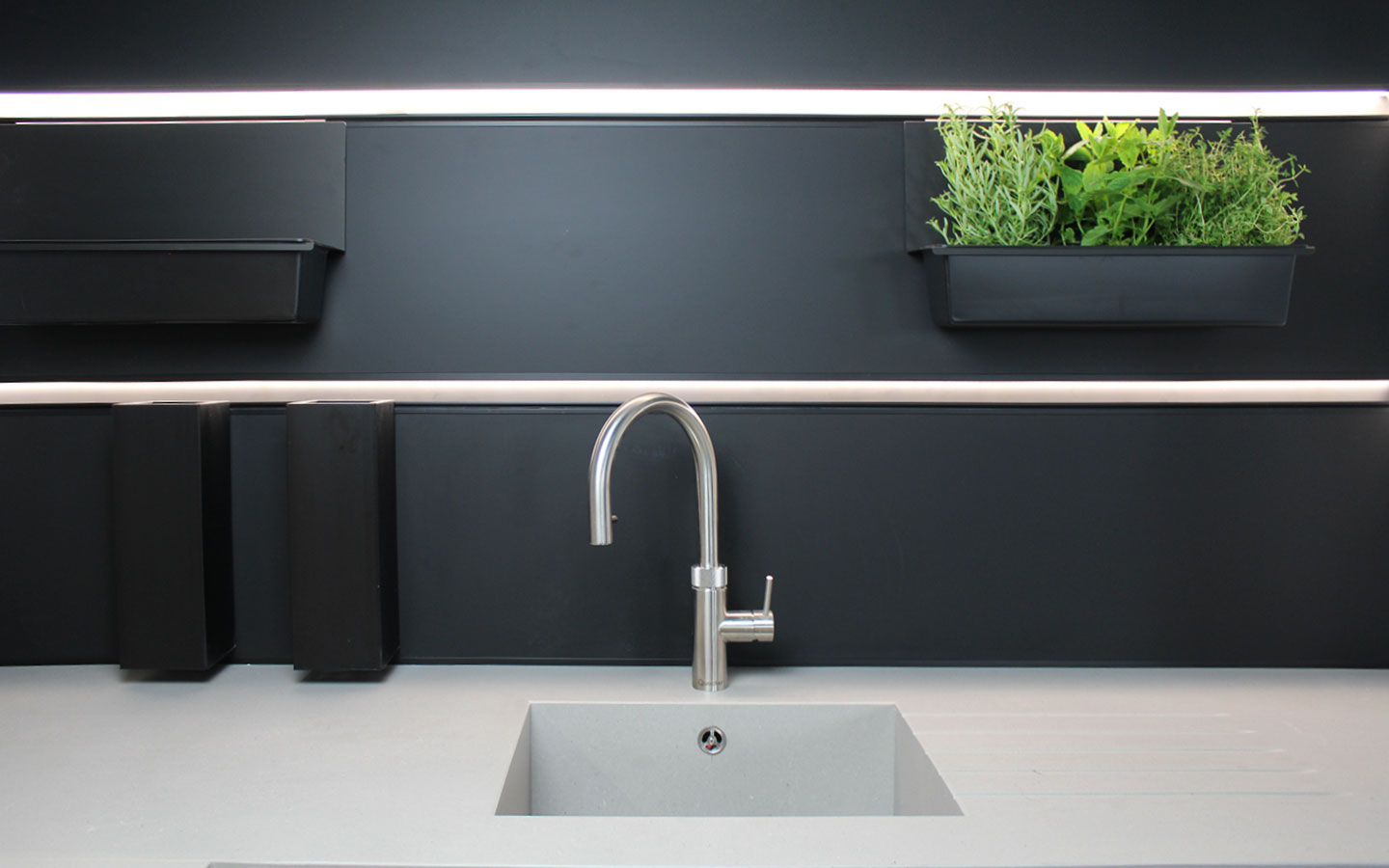 Quartz clad 1810 Axis sink matching with worktop